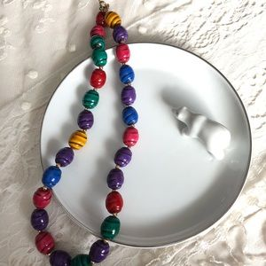 🛍 Vintage 80s style chunky beaded necklace
